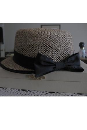 grandmothers hat