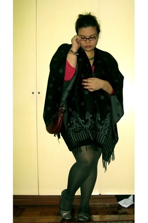 gray korea shoes - black thrifted dress - red banana republic sweater - black ni