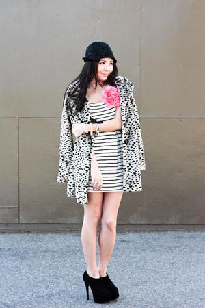 shoemint heels - Forever 21 dress - modcloth coat