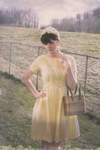 ruffle-front vintage dress - daisy vintage hat - basket-weave  vintage bag