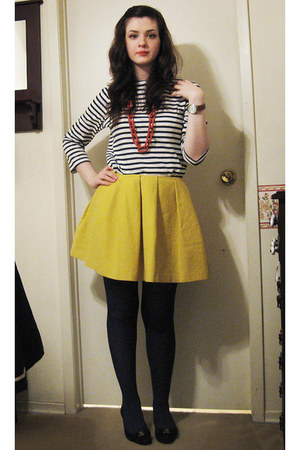 navy striped Joe Fresh t-shirt - Catherine Holstein skirt - plastic chain Old Na