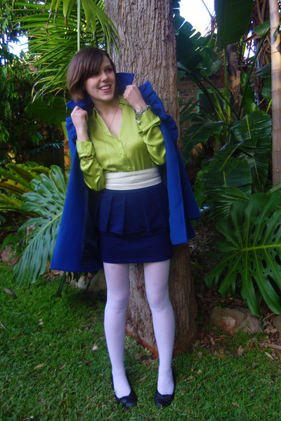 blue blue Mystique coat - lime green green silk Lisa Ho blouse