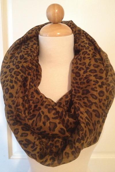Haute Juncture scarf