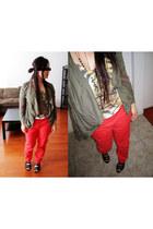 army green blazer - salmon pants - black sandals