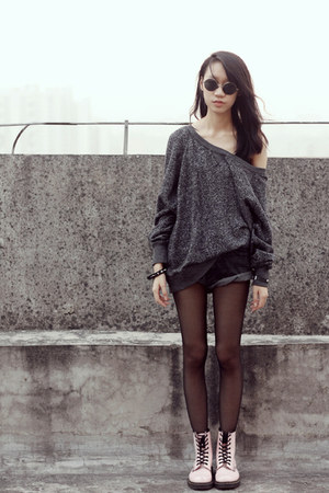 H&M sweater - Dr Martens boots