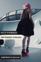 DIY: PATTERNED WEDGES