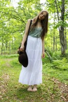 vintage hat - Secondhand bag - Zara skirt - Massimo Dutti top