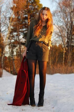 Zara coat - GINA TRICOT shirt - vintage shorts