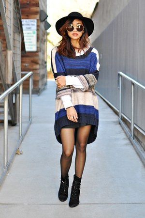 navy knit colorblock H&amp;M sweater - black Marc Fisher boots