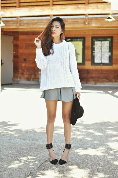 charcoal gray strap straps Sugarlips romper - black strap sandals Zara heels