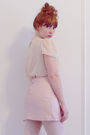 Beige-vintage-blouse-pink-vintage-skirt