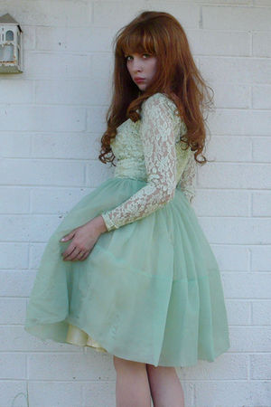 green vintage dress