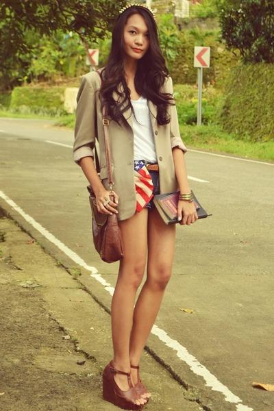 blazer - denim shorts - loose cotton t-shirt - wedges