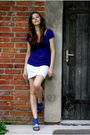 Blue-aldo-shoes-blue-zara-blouse-white-cerruti-skirt