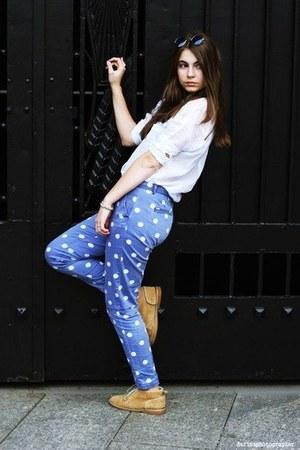 sky blue polka dot Zara pants - nude boots - blouse