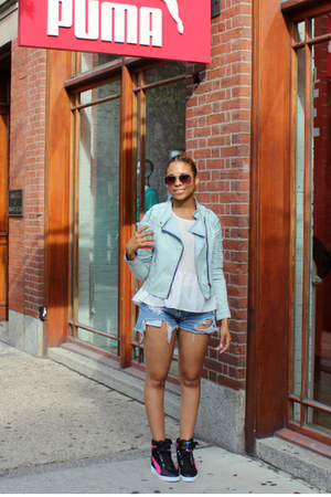 light blue Forever 21 jacket - sky blue destroyed jeans Urban Outfitters shorts