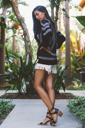 Tularosa top - Wildfox shorts