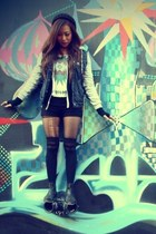 jacket - ecote shoes - beanie H&M hat - fingerless gloves - tribal print top