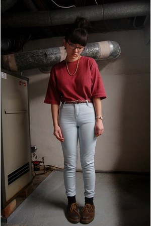 ruby red oversized second hand t-shirt - dark brown Dr Martens shoes