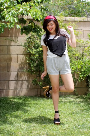 heather gray bloomer Forever 21 shorts - brown Forever 21 belt - white cropped h