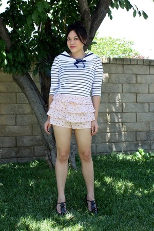 light pink Forever 21 shorts - white lulu letty accessories - white striped Fore