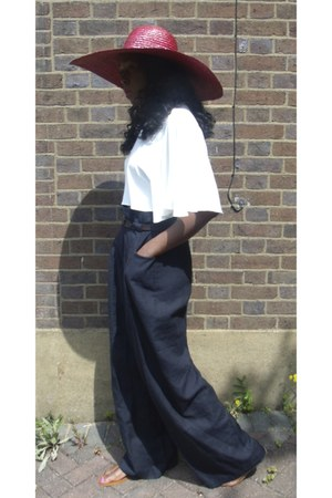 wide Zara hat - high waisted COS pants