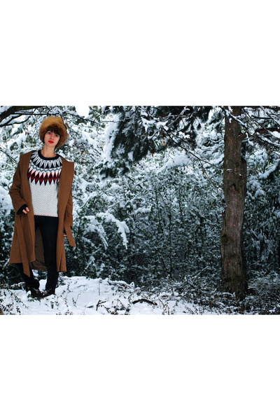 black H&M jeans - bronze Zara coat - tawny vintage hat - white H&M sweater