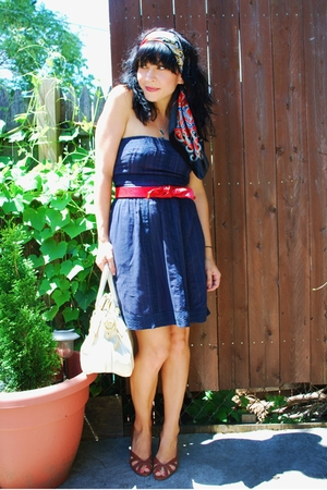Forever21 dress - vintage belt - Forever21 scarf