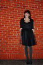 Black-kensie-dress-black-bb-dakota-cardigan-gold-hue-tights-black-ferragam