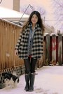 Wellies-hunter-boots-buffalo-plaid-zara-sweater