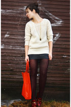crimson Marc by Marc Jacobs heels - cream H&M sweater - carrot orange H&M bag