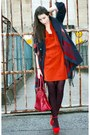Carrot-orange-gina-tricot-dress-navy-odd-molly-coat-navy-h-m-scarf