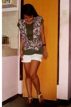 American Outfitters blouse - vintage vest - thrifted shorts - Parisian accessori