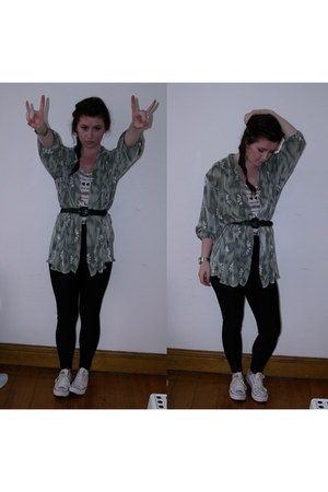 green kimono top - white Bershka top - black Boohoocom leggings