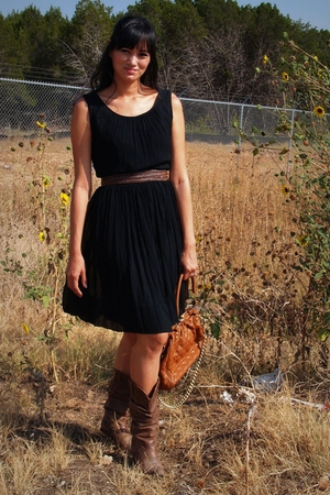 no tag dress - Steve Madden boots - purse - Target belt