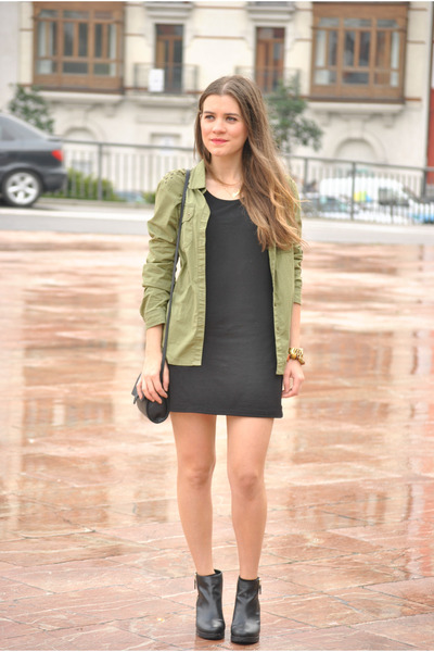 Pull And Bear Shoes, H&M Dresses, Lefties Shirts