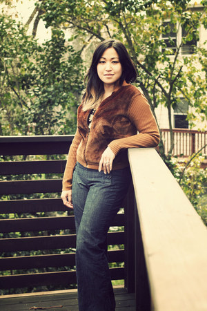 blue Gap jeans - brown vintage sweater - black Gap t-shirt