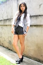 black WAGW shorts - Michael Kors by  BEST FINDS THRIFTSHOP shoes