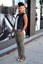 camo camoflauge pants - leather vest - color block sandals