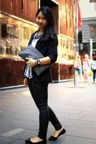 black Salvatore Ferragamo shoes - black coated Zara jeans - black Hype blazer