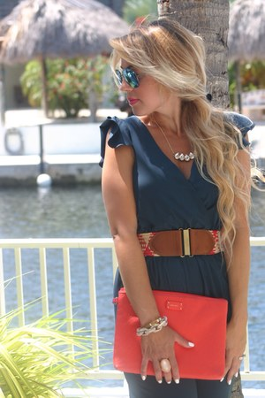 navy jumper - red coral clutch Nine West bag - red BCBG belt