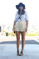ivory chord vintage shorts - charcoal gray desert Dolce Vita boots