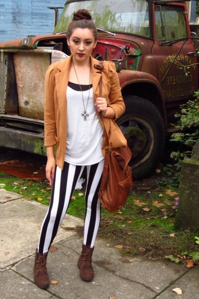 beetle juice necessary clothing leggings - Forever21 boots - Forever 21 blazer