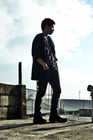 black navy Bates boots - black old Penshoppe jeans