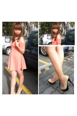 peach dress - pumps Natasha shoes
