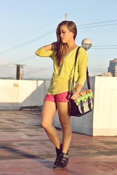 black aztec Paint Me Colourul bag - hot pink lace SM GTW shorts