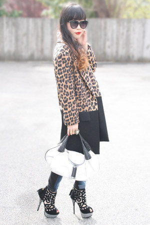 black Zara coat - white spy bag Fendi bag - black Liliana heels