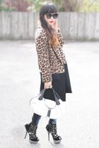 black Zara coat - white spy bag Fendi bag - black Liliana heels