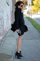 black BCBG boots - black banana republic jacket - black Forever 21 top