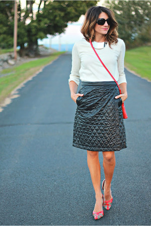 black quilted Uniqlo skirt - eggshell worn as shirt H&M dress - red Tahari bag